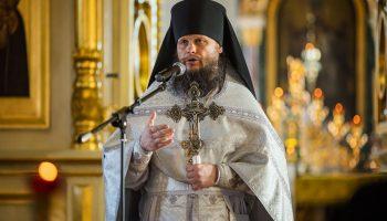 Игумен Евмений на проведи в престольный праздник Архистратига Михаила и всех Небесных воинств